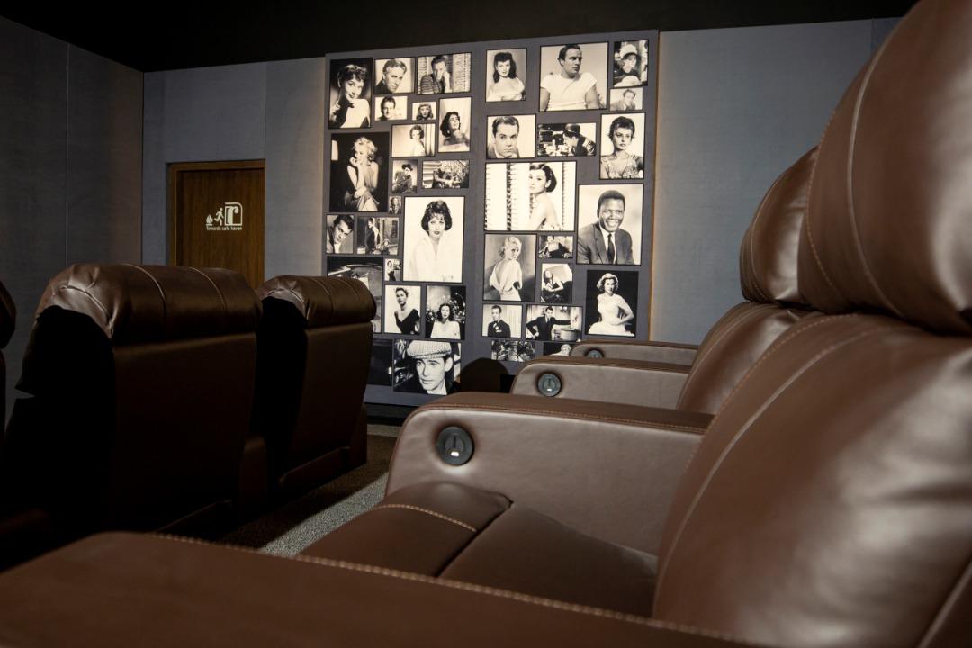 پروژهی سینما خانگی در اندرزگو
